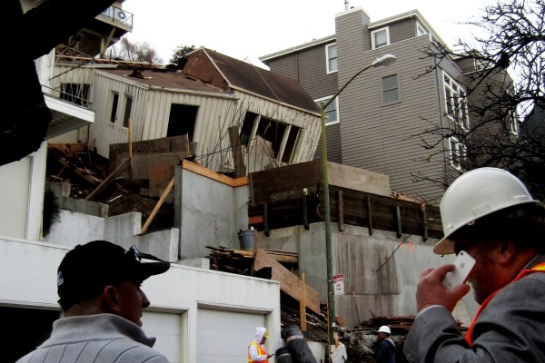 collapsed house on Graystone San Francisco Dec 2013