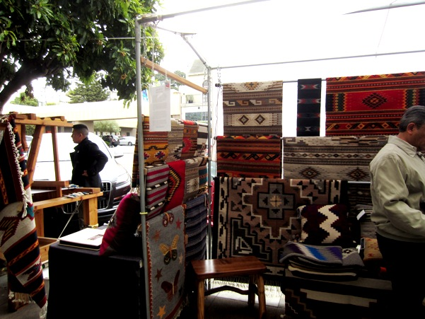 2 zapotec weavers